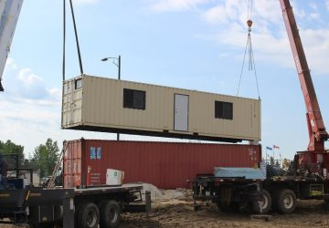 mobile office trailer delivery