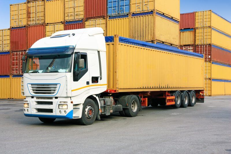 Deliver of storage container to residential customer, unloading shipping container